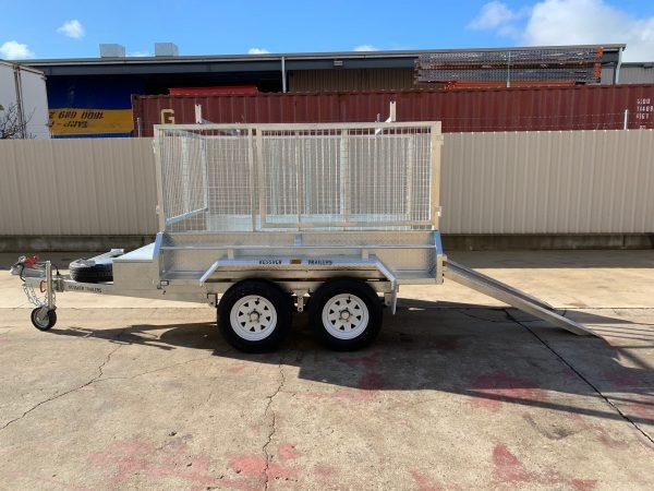 Galvanised hydraulic tipper trailer